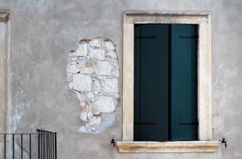 Persiane In Legno Antiche : Home finestre d epoca